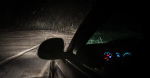 When is Best Weather to Get Your Windshield Fixed