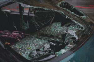 Reasons Why an Auto Glass Chip Repair May Not Work